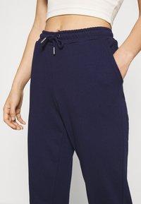 Even&Odd - Regular Fit Jogger - Tracksuit bottoms - dark blue - 4