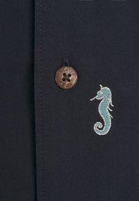 Scotch & Soda - SHORTSLEEVE WITH HAWAIIAN COLLAR - Shirt - dark blue - 6