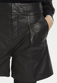 Denim Hunter - HUNTER DHENZO  - Leather trousers - black