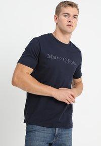 Marc O'Polo - Print T-shirt - deep ocean - 0