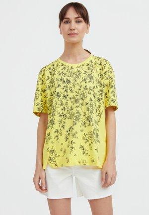 T-shirt imprimé - light yellow