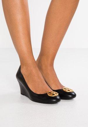 CHELSEA - Escarpins compensés - perfect black