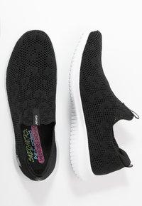 Skechers Sport - ULTRA FLEX - Sneakers laag - black/white - 3