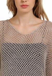 usha - Sweter - taupe - 3