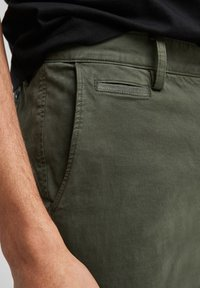s.Oliver - Trousers - olive - 3