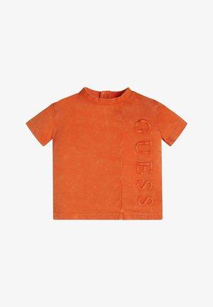 Triko spotiskem - resort orange
