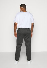 INDICODE JEANS - EBERLEINPLUS - Trousers - charcoal mix - 2