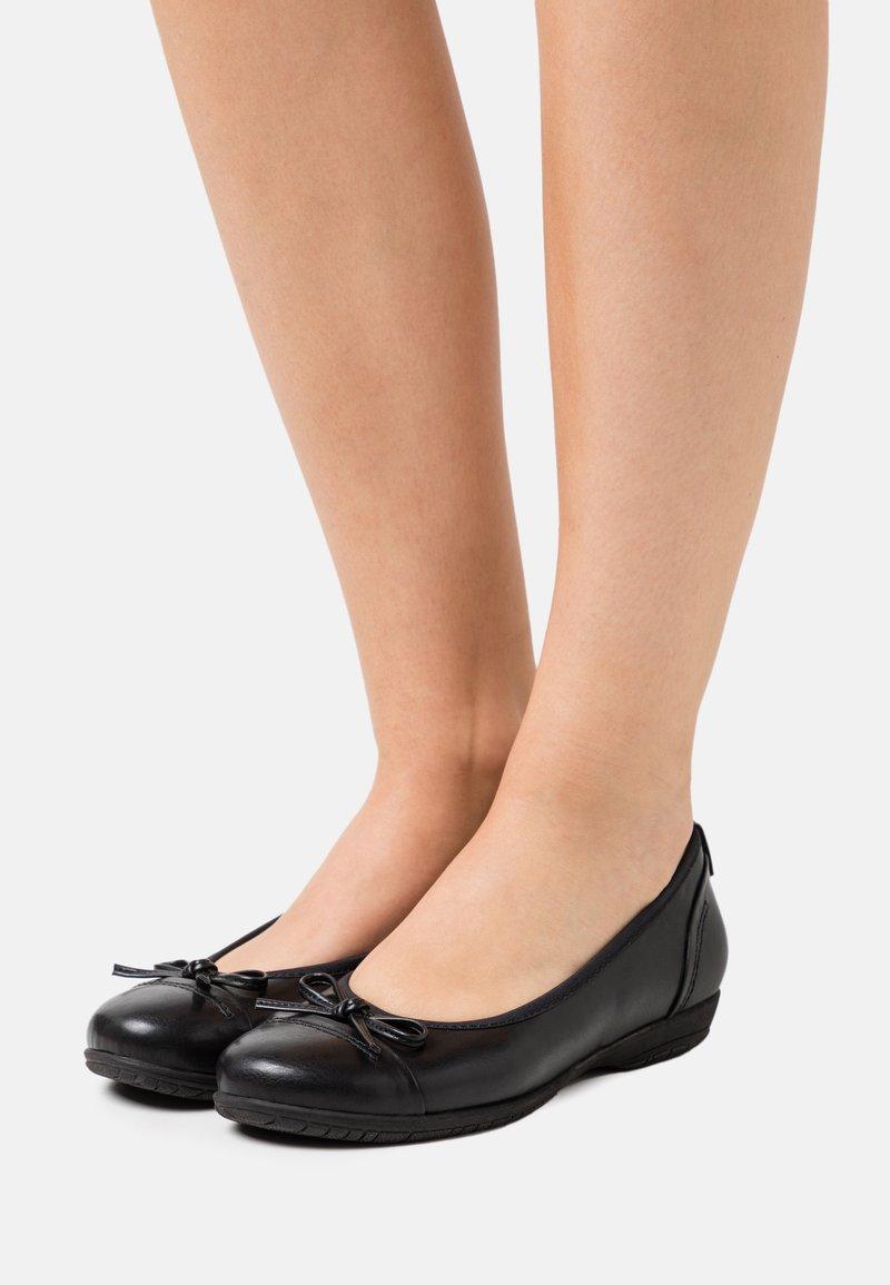 Jana - Bailarinas - black
