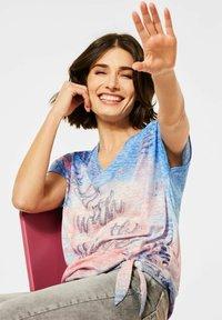 Cecil - MIT BURN-OUT EFFEKT - Print T-shirt - blau - 1