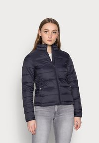 ONLY Petite - ONLSANDIE QUILTED JACKET - Light jacket - night sky - 0