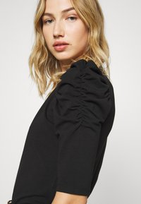 ONLY - ONLLIVE LOVE SCARLETT - Long sleeved top - black - 5