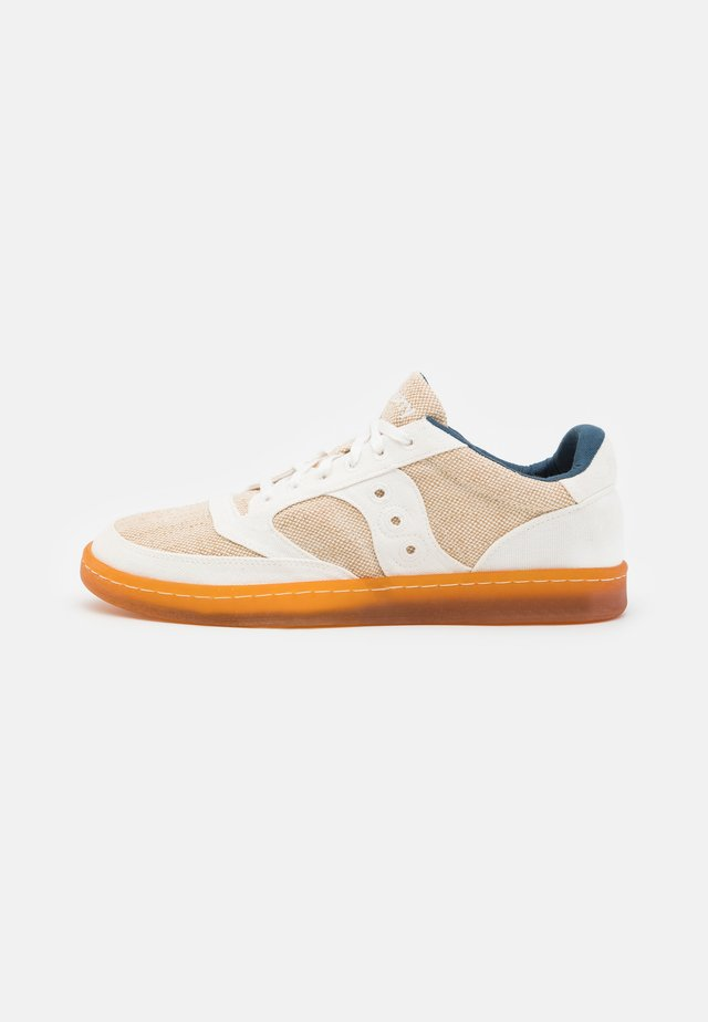 JAZZ COURT UNISEX - Baskets basses - beige/brown
