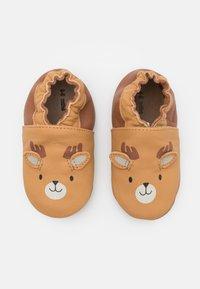 Robeez - BOREAL CARIBOU UNISEX - First shoes - camel/clair marron - 0