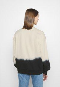 Levi's® - PAI - Sweatshirt - white dip dye - 2