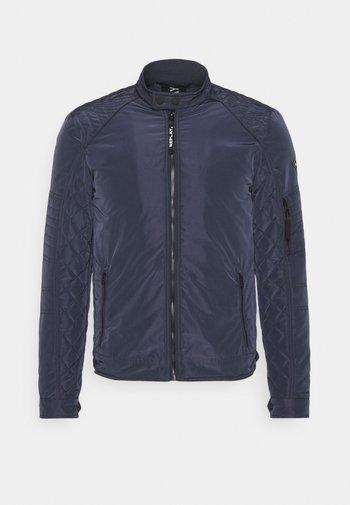 JACKET - Light jacket - blue