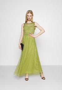 Vila - VILYNNEA MAXI DRESS - Společenské šaty - green olive - 1