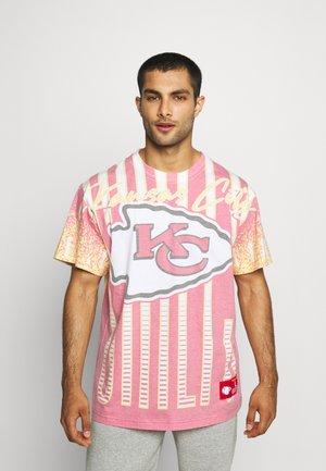 NFL KANSAS CITY CHIEFS JUMBOTRON SUBLIMATED TEE - Club wear - red