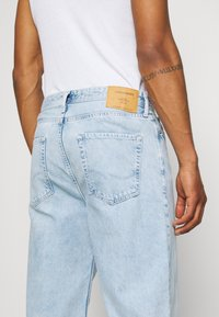 Jack & Jones - JJIROB JJORIGINAL  - Straight leg jeans - blue denim - 6