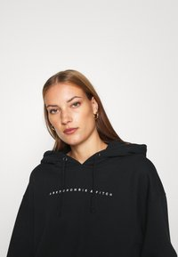 Abercrombie & Fitch - SMALL SCALE LOGO - Hoodie - black - 4