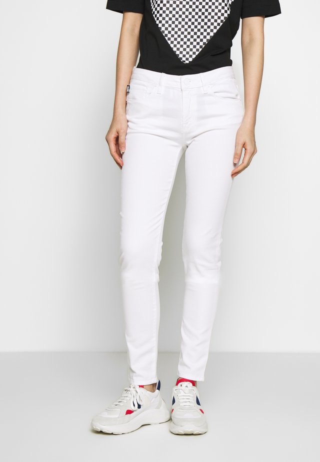 Skinny-Farkut - optical white