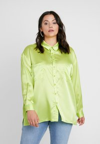 Missguided Plus - CURVE DOUBLE POCKET OVERSIZED - Chemisier - lime - 0