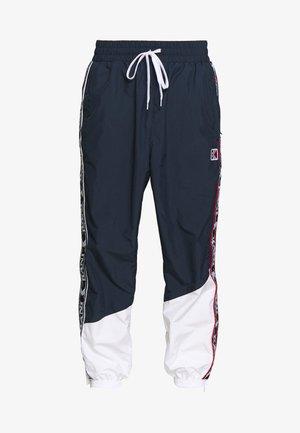 TAPE - Teplákové kalhoty - navy/white