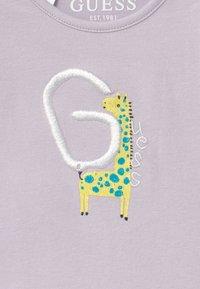 Guess - BABY 5 PACK - Dárky pro nejmenší - vintage baby pink - 4