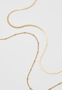 Orelia - SATELLITE AND FLAT CURB CHAIN SET - Necklace - gold-coloured
