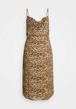 STRAPPY COWL MIDI DRESS - Denní šaty - brown