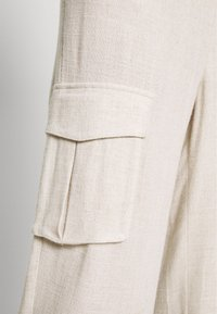 Cream - LORINE PANTS - Trousers - ote melange - 6