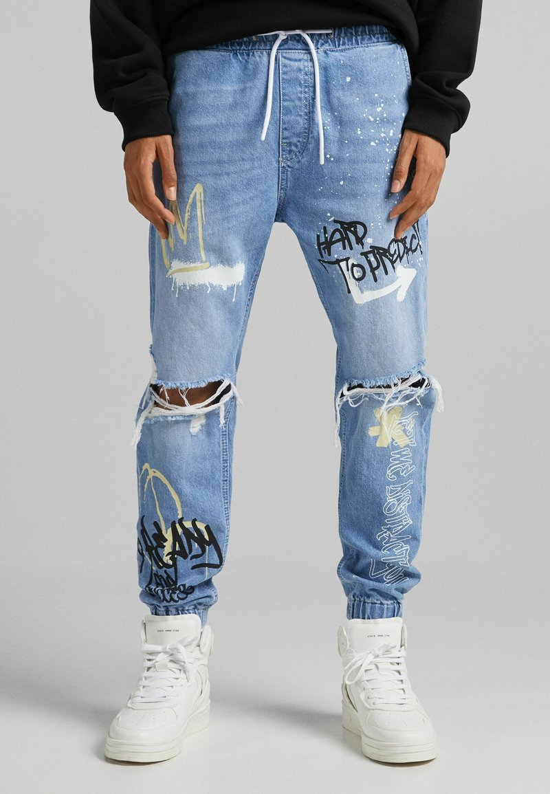 Bershka - Relaxed fit jeans - light blue