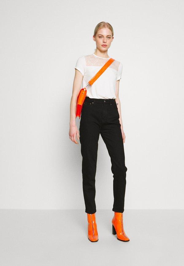 Even&Odd T-shirt z nadrukiem - cloud dancer Kolor jednolity Odzież Damska PFFL ZC 7