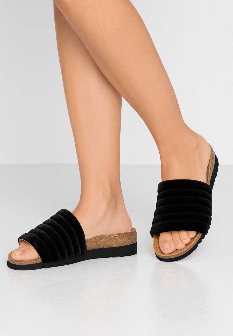 Scholl - MYA  - Domácí obuv - black