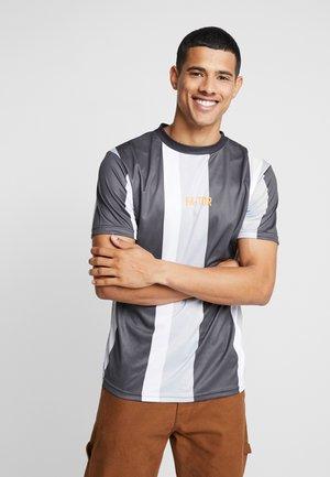 KAI STRIPE TEE - Print T-shirt - grey