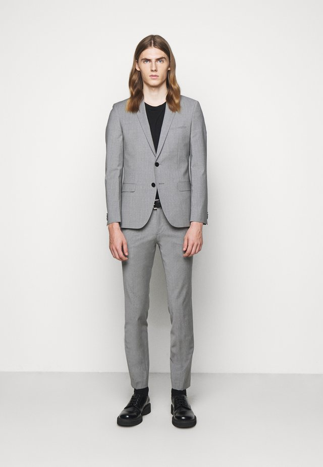 ARTI HESTEN - Suit - dark grey