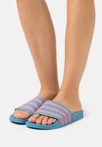 adidas Originals - ADILETTE  - Pool slides - hazy blue/hazy rose - 0