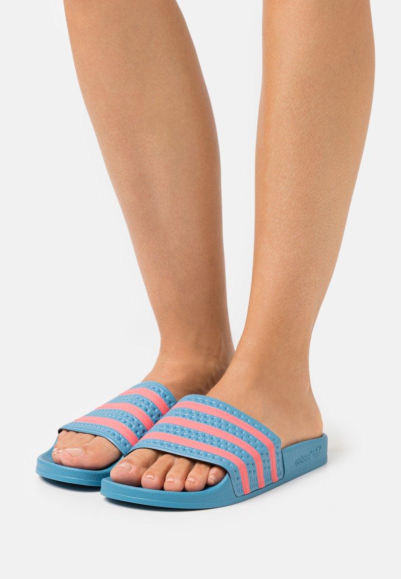 adidas Originals - ADILETTE  - Pool slides - hazy blue/hazy rose