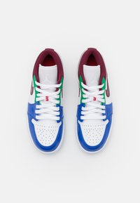 Jordan - AIR 1 - Sneakers basse - white/dark beetroot/hyper royal/lucky green/university red/black - 5