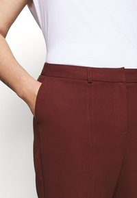 CAPSULE by Simply Be - TROUSERS - Trousers - rust - 6