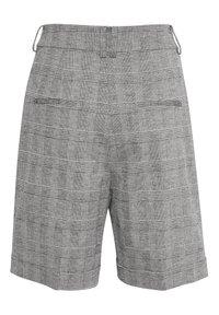 InWear - Shorts - black / white - 5