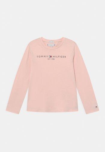 ESSENTIAL TEE - Bluzka z długim rękawem - delicate pink