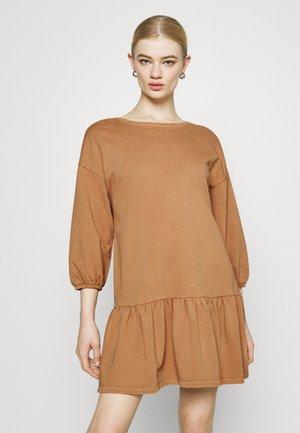 Day dress - camel