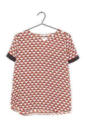 T-shirt z nadrukiem - pink