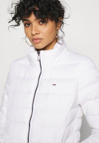 Tommy Jeans - BASIC - Down jacket - white - 6