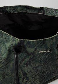 Codello - SNAKE PRINT SHOPPER - Tote bag - bottle green - 4
