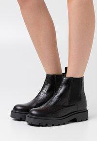 Zign - Zimní obuv - black - 0