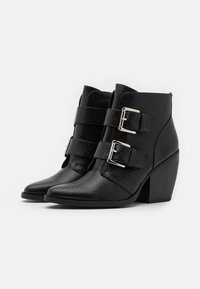 Madden Girl - CALISTA - High heeled ankle boots - black - 2