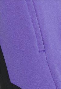 adidas Originals - UNISEX - Shorts - black/purple - 2