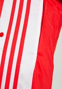adidas Originals - ADIBREAK - Joggebukse - red - 5