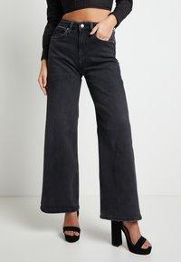 Pepe Jeans - DUA LIPA X PEPE JEANS - Straight leg jeans - grey denim - 0